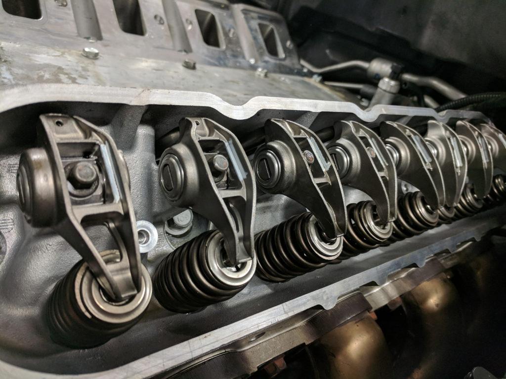 Detailaufnahme: überarbeiteter Zylinderkopf Corvette LS 7